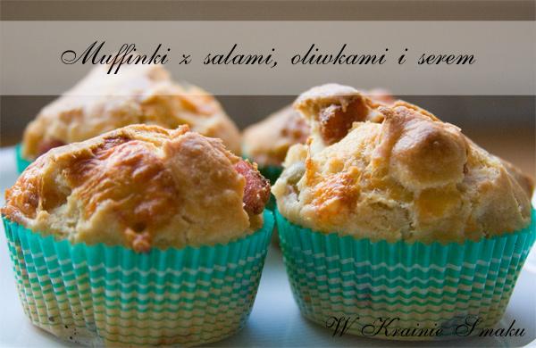 Muffinki z salami, oliwkami i serem