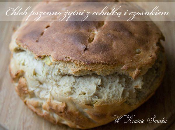 Chleb pszenno żytni z cebulką i czosnkiem